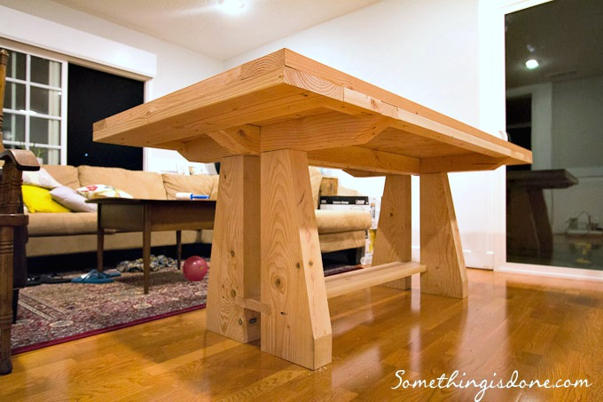 diy rustic dining table |