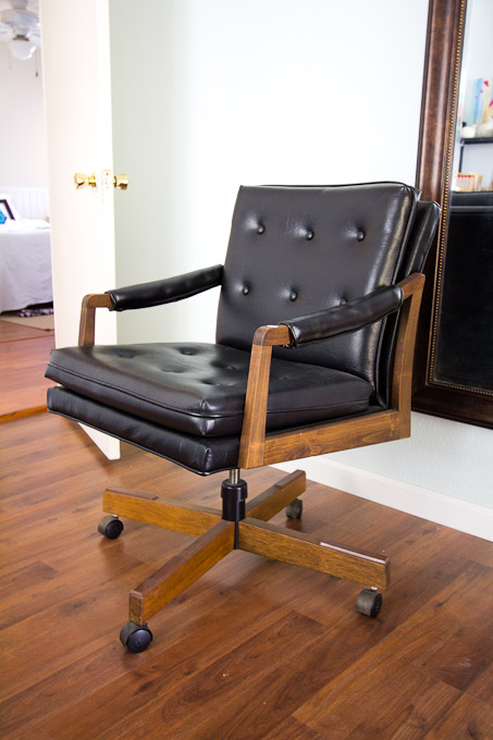 i seriously love this chair and consider it one of my greatest estate sale finds the faux leather is in pristine condition frame made a vintage office chairs for