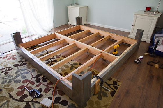 Diy bed frame for House frame floor bed plans